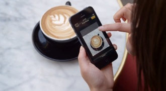 Apple-iPhone-5-TV-Ad-Photos-Every-Day-Coffee